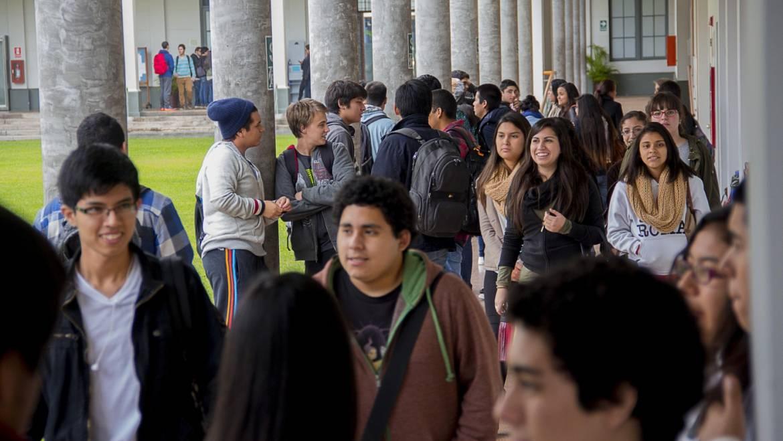 Análisis de la situación de la juventud en el Perú durante la última década