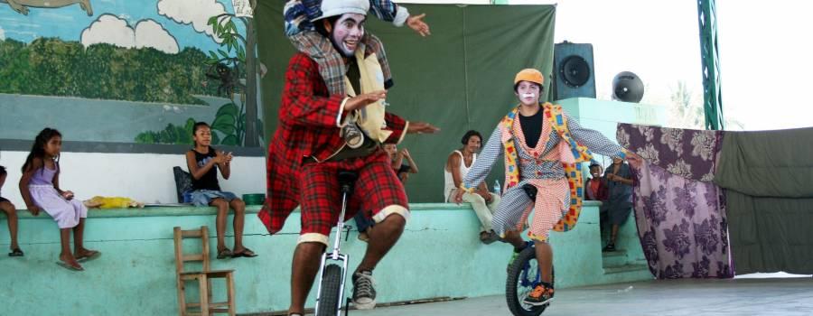 El Circo y la mejor profesora del mundo comparten metodologías para mejorar la educación en Chile