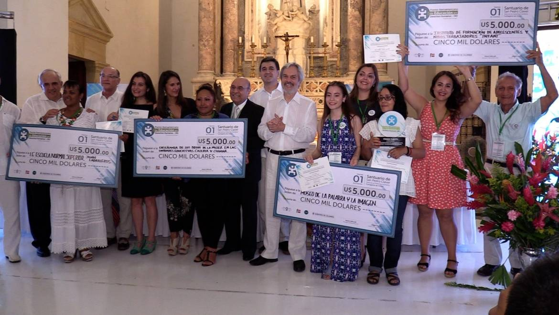 Proyectos dirigidos a jóvenes obtienen reconocimiento en el «Premio Óscar Arnulfo Romero en Derechos Humanos»